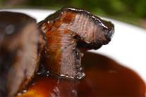 牛頬肉の赤ワイン煮